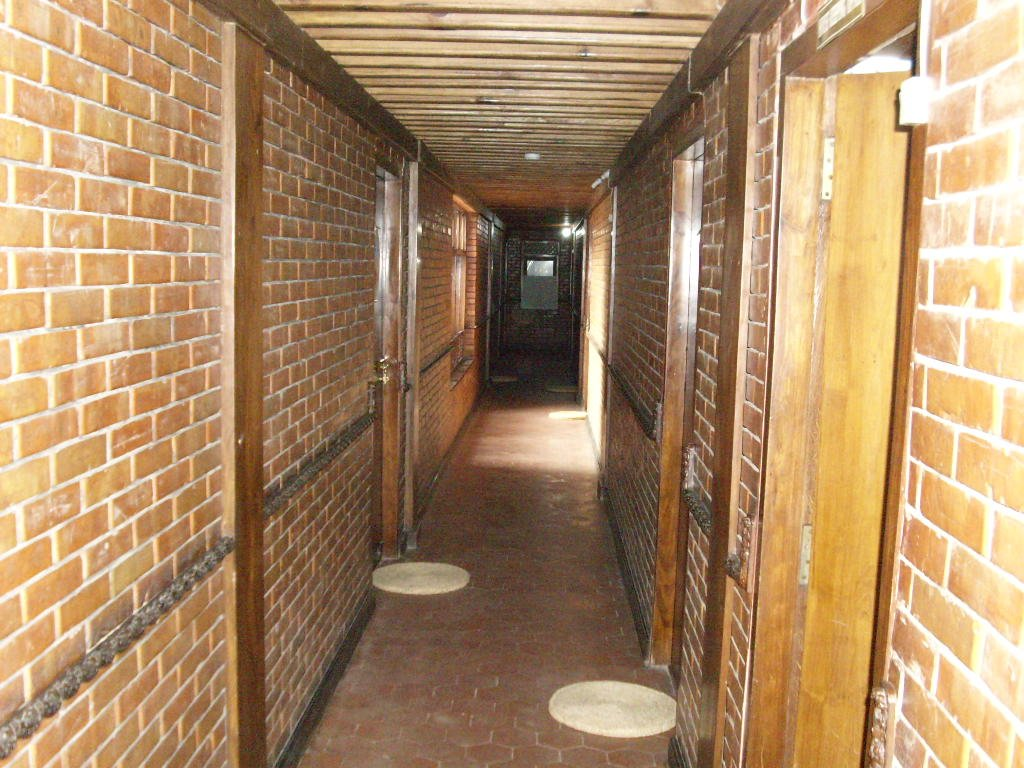 Corridor to the rooms of Kantipur Temple House - Highslide JS