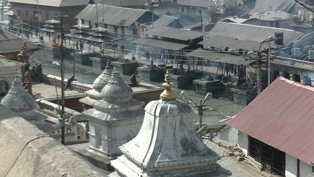 Surya Ghats (cremation platgorms of lower castes) at Pashupatinath - Highslide JS