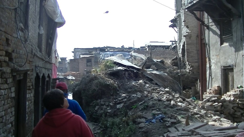 Destruction by the earthquake of 25th April 2015 - Highslide JS